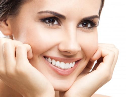 ¡Embellece tu sonrisa con carillas dentales!